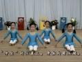 幼儿舞蹈基础训练7、伸坐前压腿