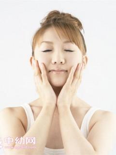 美白去皱无难度 日常护肤技巧让肌肤焕然一新