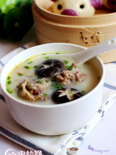 煲鸡汤,新妙招!加了它,汤好喝肉好吃!您试试就知道有多好了!